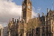 Манчестер посещает все больше российских туристов. // wikipedia.org