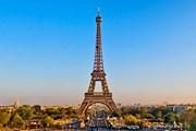 Эйфелева башня // фото Tom Bonaventure
