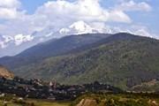 Гора Тетнульд имеет высоту 4869 метров. // Wikipedia