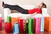 Туристы любят делать покупки. // iStockphoto