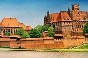 Замок Мальборк лежит в 80 километрах от границы с Россией. // wikipedia.org