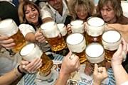 Пиво - в числе достопримечательностей Чехии. // journeyetc.com