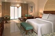 Номер в отеле DoubleTree by Hilton Resort & Spa Marjan Island // hilton.com