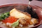 На фестивале можно попробовать самые необычные блюда. // timeout.jp
