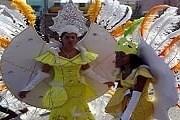 Костюмы карнавала в Минделу славятся по всему миру. // capeverde.co.uk