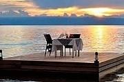 С платформы открываются прекрасные виды на озеро. // malawitourism.com