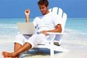 На пляжах Бенидорма можно выйти в интернет.// emsisoft.com
