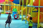 Туристы могут оставить детей в новом клубе на несколько часов. // thailand-news.ru