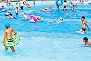 Один из бассейнов в парке Ханган. // visitkorea.or.kr