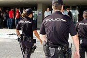 В туристических местах будут дежурить полицейские. // telegraph.co.uk