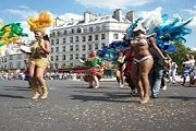 Тропический карнавал - любимый праздник парижан. // sortiraparis.fr