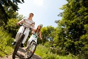 Велопрогулки все популярнее.  // Valeriy Velikov, Shutterstock.com