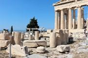 Акрополь - лучшая достопримечательность Европы.  // Tanya Kramer, Shutterstock.com