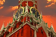 Московское время вернется к UTC +3 часа. // Protasov AN, shutterstock.com