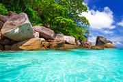 Острова Симилан - одно из красивейших мест на земле. // Patryk Kosmider, shutterstock.com