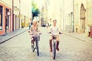 Осмотр города на велосипеде будет интереснее.  // Syda Productions, Shutterstock.com