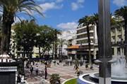 Тур начинается на Plaza de las Monjas. // Wikipedia