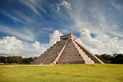 Мексика - это не только пляжи, но и культурно-познавательный отдых. // Ariena, shutterstock.com
