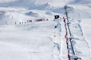Лыжникам следует опасаться лавин.  // Roberto Caucino, Shutterstock.com