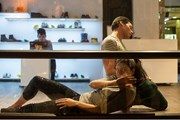 Актеры в витрине одного из иерусалимских магазинов. // itraveljerusalem.com