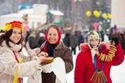 Масленица - любимый русский праздник.  // Iakov Filimonov, Shutterstock.com