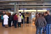 Паспортный контроль в Vaalimaa // Juha Korhonen, Yle