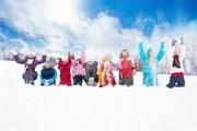 Детей ждут веселые зимние развлечения.  // Sergey Novikov, Shutterstock.com