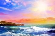 Ялта готовится к открытию сезона.  // Belita, Shutterstock.com