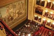 Интерьер Национального театра в Праге.  // Staycoolandbegood, Wikipedia