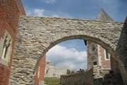 Средневековая крепость Медведград  // Modzzak, Wikipedia