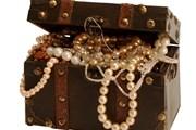 Драгоценные коллекции собирались столетиями.  // Abramov Valery, Shutterstock.com