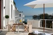Терраса одного из номеров отеля. // marriott.com