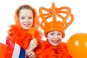 Оранжевый - цвет королевского дома Нидерландов.