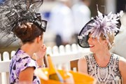 Ladies Day - самый яркий день соревнований. // goodwood.com