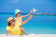 Организовать поездку с детьми будет проще.  // TravnikovStudio, Shutterstock.com