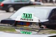 Парижские таксисты выступают против сервиса Uber. // andersphoto, shutterstock
