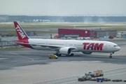 Самолет TAM // Travel.ru