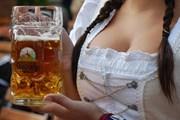 Мюнхен готовится к Октоберфесту. // fark.com