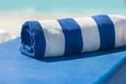 Немецкий курорт предлагает бронировать места на пляже онлайн. // Tymonko Galyna , shutterstock.com
