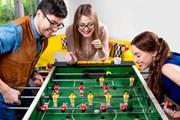 Общение и развлечения - этого хватает в любых хостелах. // Rosshelen, Shutterstock
