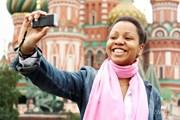 Туристам из большинства стран мира нужно оформлять визу в Россию.  // Andrey Arkusha