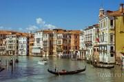 Гондолы - символы Венеции. // Travel.ru
