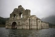 Из-за засухи в Мексике можно осмотреть затопленный 450-летний храм. // AP