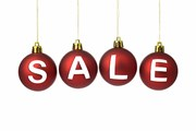 Распродажи продлятся до середины марта. // Kenishirotie, shutterstock