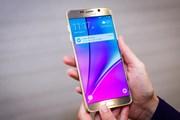 Таким образом Samsung рекламирует Galaxy Note 5. // cnet.com