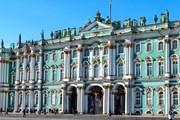 Эрмитаж занимает четвертую строчку рейтинга романтичных музеев. // Elena11, shutterstock