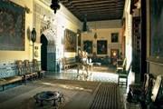 Роскошные интерьеры дворца стали доступны публике. // hola.com