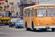 Парад ретро-транспорта // avtobus.spb.ru
