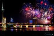 Ежегодный конкурс фейерверков в Макао проходит осенью. // hulutrip.com