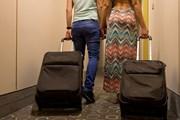 Туристы из России ведут себя не вежливо и шумят, заявляют сотрудники отелей. // Gergely Zsolnai, shutterstock